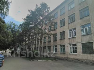Здание, площадью 5600 м², Мира 69а — Муканова за 220 млн 〒 в Петропавловске — фото 2