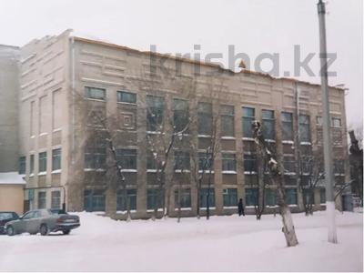 Здание, площадью 5600 м², Мира 69а — Муканова за 220 млн 〒 в Петропавловске — фото 4
