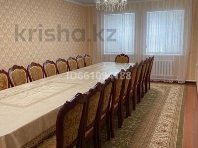 6-комнатный дом, 178.1 м², 10 сот., Сарбасова 10 за 42 млн 〒 в  — фото 56