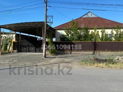 6-комнатный дом, 178.1 м², 10 сот., Сарбасова 10 за 42 млн 〒 в