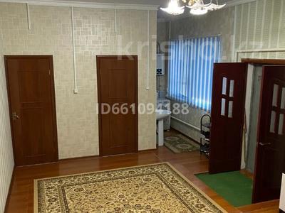 6-комнатный дом, 178.1 м², 10 сот., Сарбасова 10 за 42 млн 〒 в  — фото 22