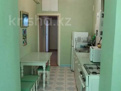 3-комнатная квартира, 74 м², 5/5 этаж, Володарского 1А за 16 млн 〒 в Шымкенте, Аль-Фарабийский р-н — фото 9