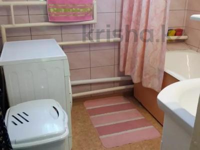 3-комнатная квартира, 74 м², 5/5 этаж, Володарского 1А за 16 млн 〒 в Шымкенте, Аль-Фарабийский р-н — фото 11