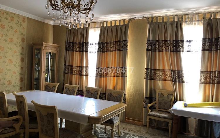 5-комнатный дом, 250 м², 8 сот., мкр Калкаман-3, Талжанова 23 — Шаляпина за 180 млн 〒 в Алматы, Наурызбайский р-н