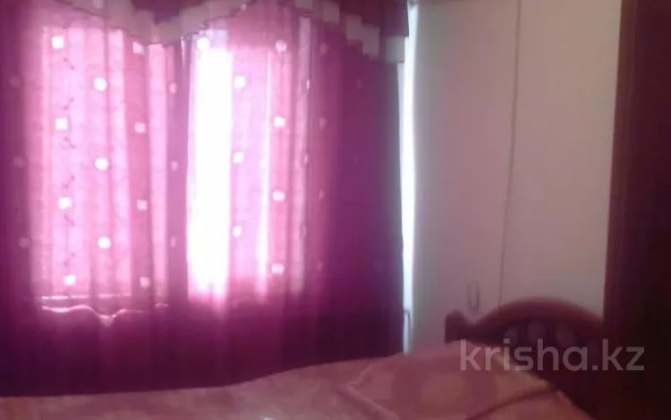 4-комнатная квартира, 74 м², 5/5 этаж, Пр.Абая 123 — Казыбек би за 20 млн 〒 в Таразе