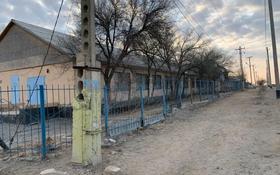 Здание, К. Сарбопеева площадью 500 м² за 500 000 〒 в Жанаозен