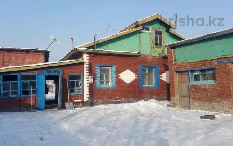 3-комнатный дом, 65 м², Тимофеева 101 за 10 млн 〒 в Усть-Каменогорске