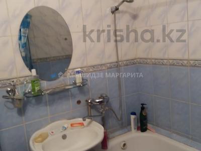 2-комнатная квартира, 43 м², 3/4 этаж, мкр №3, Мкр №3 — Абая за 15 млн 〒 в Алматы, Ауэзовский р-н — фото 4
