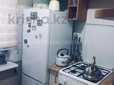 2-комнатная квартира, 42 м², 2/4 этаж, мкр Коктем-3, Бухар-Жирау — Байзакова за 21.5 млн 〒 в Алматы, Бостандыкский р-н — фото 6