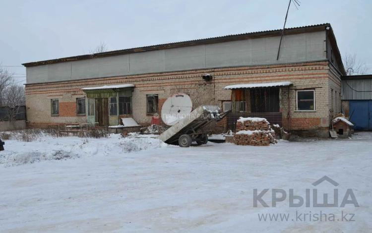 Промбаза 17 соток, Универсальная за 32 млн 〒 в Петропавловске