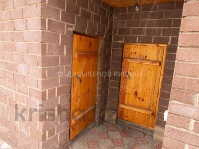 5-комнатный дом, 250 м², 10 сот., Мкр Восточный 1 — Шыгыс за 50 млн 〒 в Талдыкоргане — фото 26