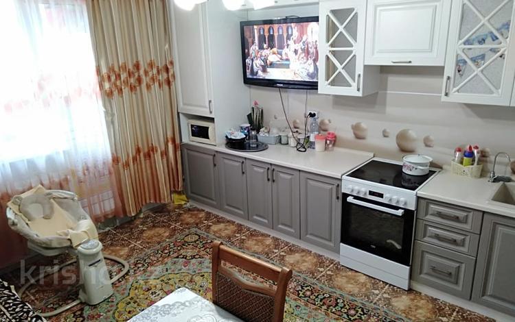 1-комнатная квартира, 38 м², 5 этаж, Тауелсиздик за ~ 14.3 млн 〒 в Нур-Султане (Астана)