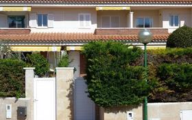 4-комнатный дом, 120 м², Carrer Garbí за ~ 93.7 млн 〒