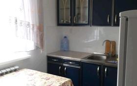 1-комнатная квартира, 33 м², 6/9 этаж помесячно, 4 мкр 9 — ул. железнодорожная за 80 000 〒 в Аксае