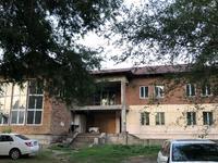 11-комнатный дом, 1100 м², 49 сот., мкр Коктобе 19б за 450 млн 〒 в Алматы, Медеуский р-н