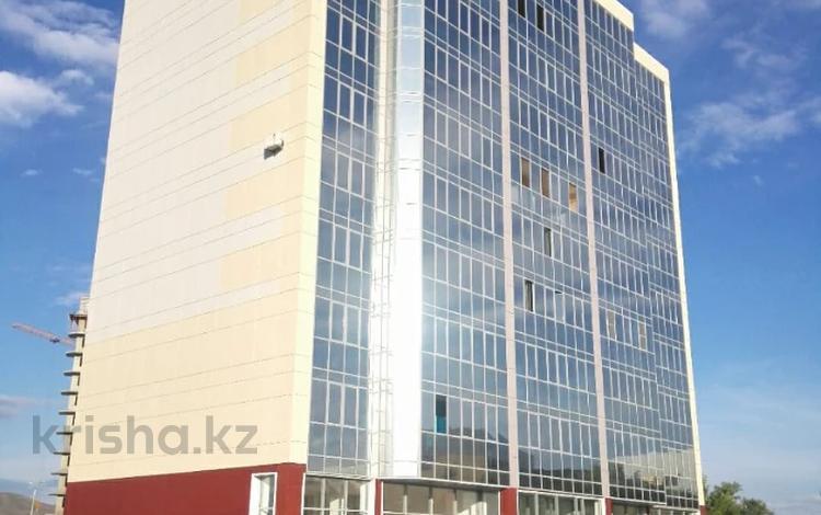 1-комнатная квартира, 42 м², 10/10 этаж, проспект Сатпаева 55/1 за 11.4 млн 〒 в Усть-Каменогорске