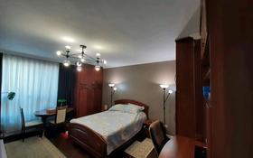 1-комнатная квартира, 62 м², 6/14 этаж, мкр Юго-Восток, Бауыржан Момышулы 24 за 21 млн 〒 в Караганде, Казыбек би р-н