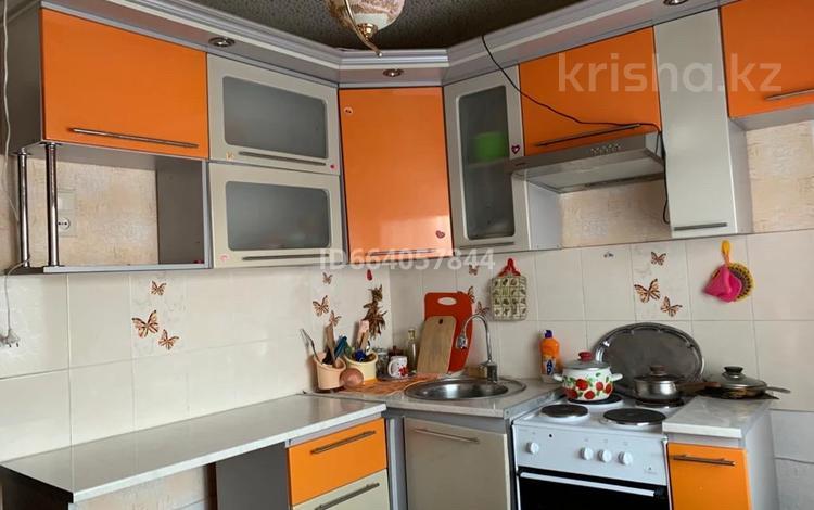 2-комнатная квартира, 45.6 м², 2/4 этаж, ул Сары Арка 50 за 6.2 млн 〒 в Топаре