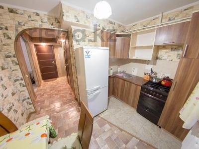 1-комнатная квартира, 35 м², 1/5 этаж посуточно, Сабита Муканова 72 — Ауэзова за 5 500 〒 в Петропавловске — фото 10