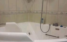 3-комнатная квартира, 63 м², 3/5 этаж помесячно, Бостандыкский р-н, мкр Орбита-1 за 150 000 〒 в Алматы, Бостандыкский р-н