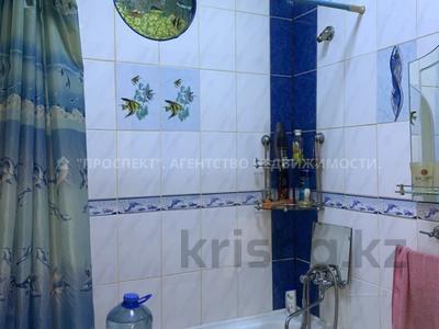 2-комнатная квартира, 41 м², 2/5 этаж, проспект Нурсултана Назарбаева за 12 млн 〒 в Караганде, Казыбек би р-н — фото 4