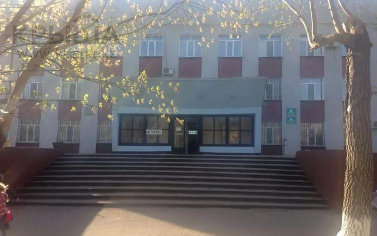 Офис площадью 1400 м², Маметова за 99 млн 〒 в Караганде, Октябрьский р-н