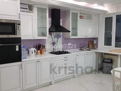 3-комнатная квартира, 155 м², 9 этаж помесячно, Ардагер, Кулманова 152 за 300 000 〒 в Атырау, Ардагер — фото 4