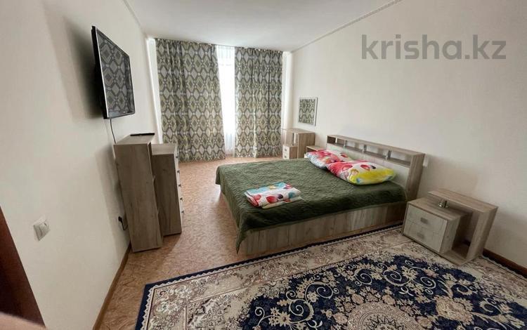 1-комнатная квартира, 42 м², 7/7 этаж посуточно, 7 мкр 18 за 8 000 〒 в Талдыкоргане