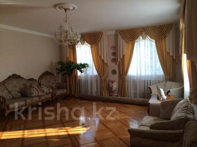 6-комнатный дом, 326.6 м², 17 сот., Автомобилистов 129 за 49 млн 〒 в Уральске — фото 3
