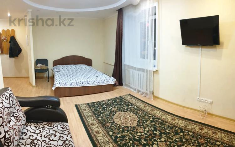 1-комнатная квартира, 36 м², 4/5 этаж, проспект Ауэзова 49Б за 10.5 млн 〒 в Усть-Каменогорске
