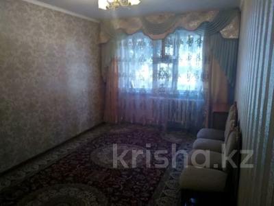 3-комнатная квартира, 62 м², 1/5 этаж, Жунисова 180 — Евразия за 11 млн 〒 в Уральске