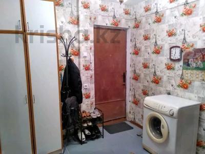 3-комнатная квартира, 62 м², 1/5 этаж, Жунисова 180 — Евразия за 11 млн 〒 в Уральске — фото 4