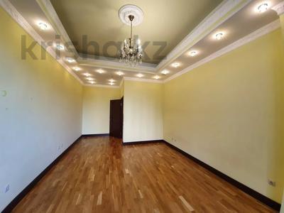 4-комнатная квартира, 225 м², 2/6 этаж помесячно, Чайковского 149 за 700 000 〒 в Алматы, Алмалинский р-н — фото 4