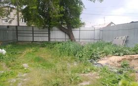 2-комнатный дом, 250 м², 5.5 сот., Гудермесская — Штурмансская за 6.2 млн 〒 в Караганде, Казыбек би р-н