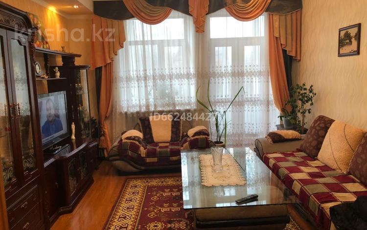 3-комнатная квартира, 78 м², 3/4 этаж, проспект Республики за 14 млн 〒 в Темиртау