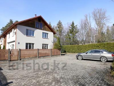 4-комнатная квартира, 237 м², 1/3 этаж, Юрмала за ~ 86.2 млн 〒 — фото 19