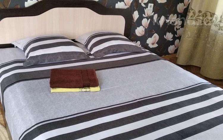 1-комнатная квартира, 33 м², 3/4 этаж посуточно, Жарокова 163 — Сатпаева за 6 000 〒 в Алматы, Бостандыкский р-н