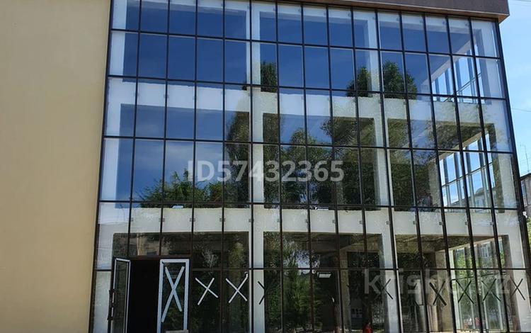 Бутик площадью 1000 м², Сейфуллина 15 за 4 000 〒 в Таразе