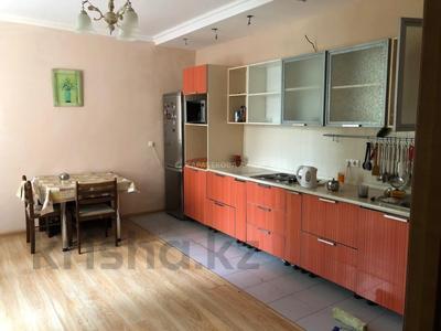 3-комнатная квартира, 93 м², 3/18 этаж, Иманова за 28.8 млн 〒 в Нур-Султане (Астана), р-н Байконур