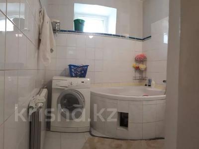 3-комнатная квартира, 120 м², 9/9 этаж, Бараева 2/1 за 33 млн 〒 в Нур-Султане (Астана), р-н Байконур — фото 4