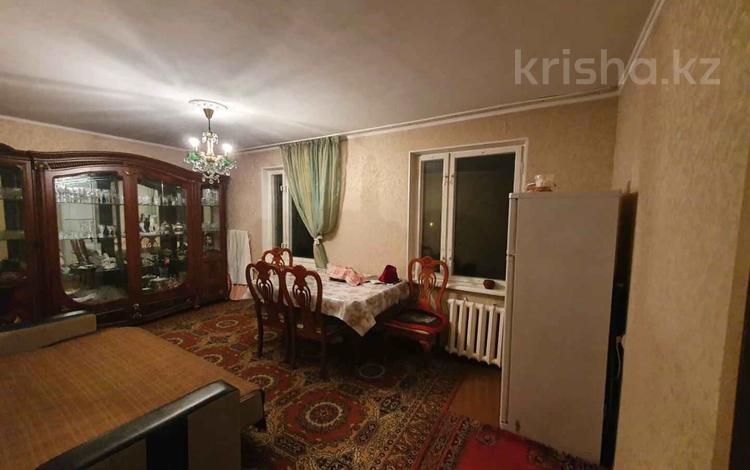 3-комнатная квартира, 60 м², 4/4 этаж, Мкр 10А за 19 млн 〒 в Алматы, Ауэзовский р-н