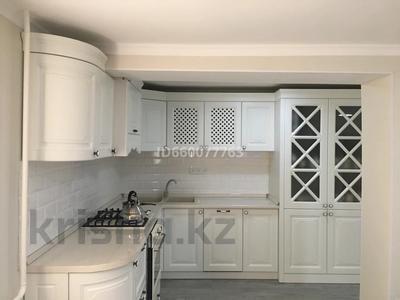 7-комнатный дом, 270 м², 10 сот., Жанаозен Мкр Астана. 32 за 34 млн 〒