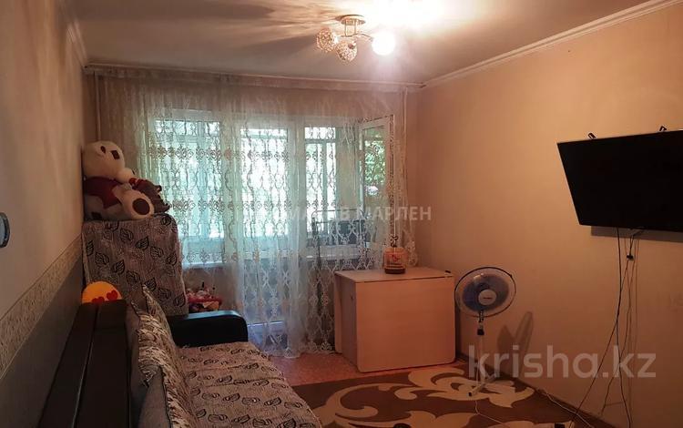 2-комнатная квартира, 43 м², 2/4 этаж, мкр №8, Мкр. №8 — проспект Абая за 16.2 млн 〒 в Алматы, Ауэзовский р-н