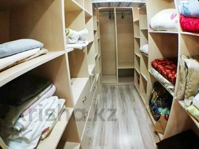 3-комнатная квартира, 120 м², 10/11 этаж посуточно, 15-й мкр 56 за 14 000 〒 в Актау, 15-й мкр — фото 7