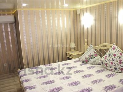 3-комнатная квартира, 120 м², 10/11 этаж посуточно, 15-й мкр 56 за 14 000 〒 в Актау, 15-й мкр — фото 2