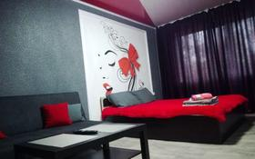 1-комнатная квартира, 36 м², 1/5 этаж посуточно, 4 мкр 65 за 5 990 〒 в Темиртау