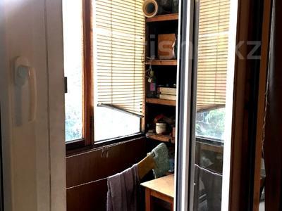 3-комнатная квартира, 56 м², 4/4 этаж, мкр №10 А — Берегового за 21.5 млн 〒 в Алматы, Ауэзовский р-н
