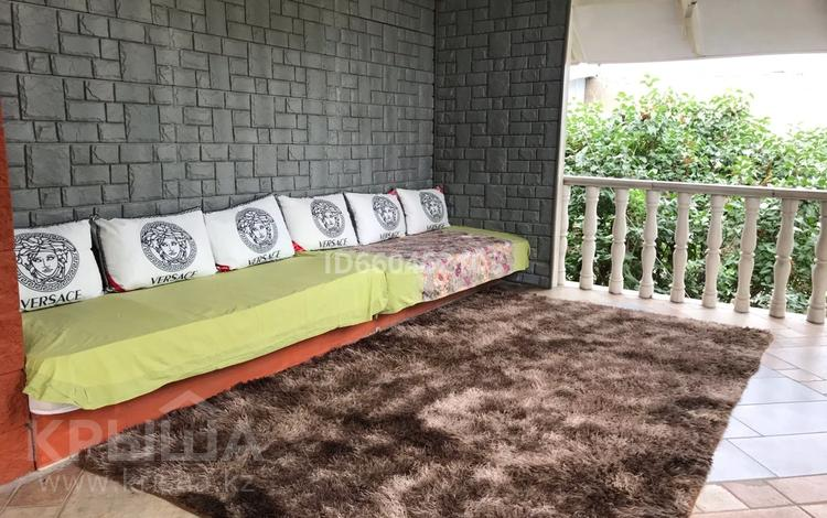 6-комнатный дом посуточно, 250 м², 8 сот., Мкр. Нурлытау 21 а — Бекзада за 20 000 〒 в Алматы, Медеуский р-н