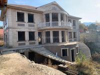 8-комнатный дом, 600 м², 33 сот.