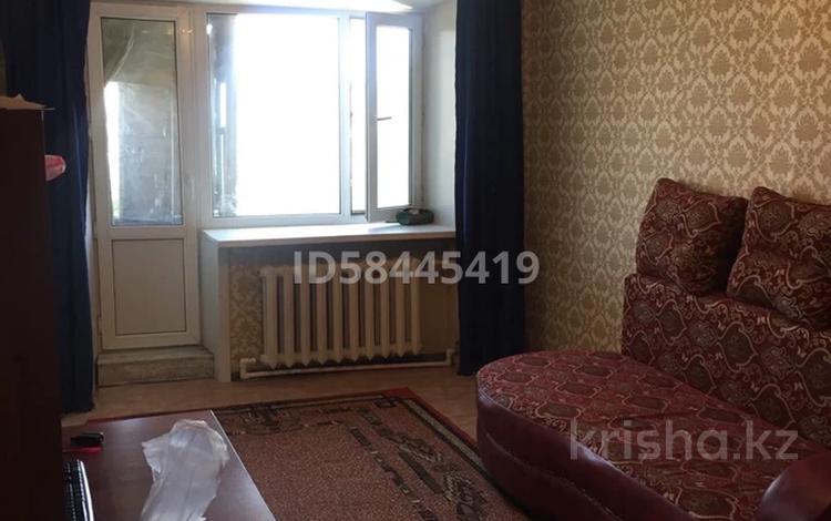 2-комнатная квартира, 43 м², 5/5 этаж, 410 квартал 9 за 7.1 млн 〒 в Семее